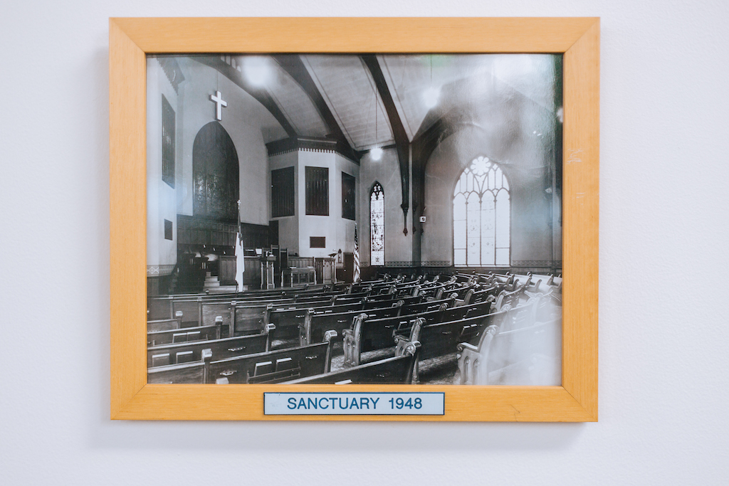 Photo of sanctuary from 1948