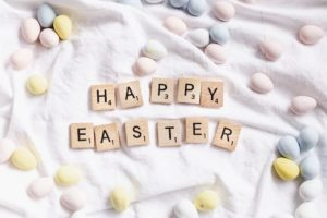 Happy Easter spelled with Scrabble pieces